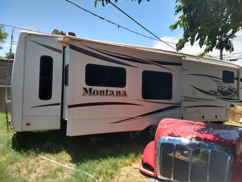 2012 Keystone Montana PREMIER 3400RL