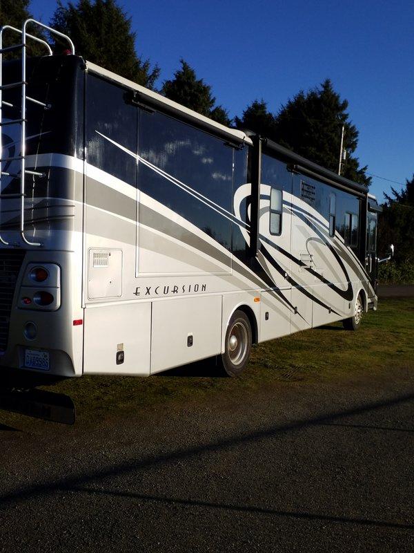 2008 Fleetwood Excursion 39R