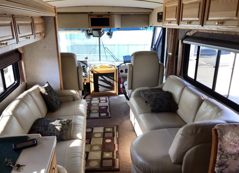 1999 American Coach American Tradition 40 VTS