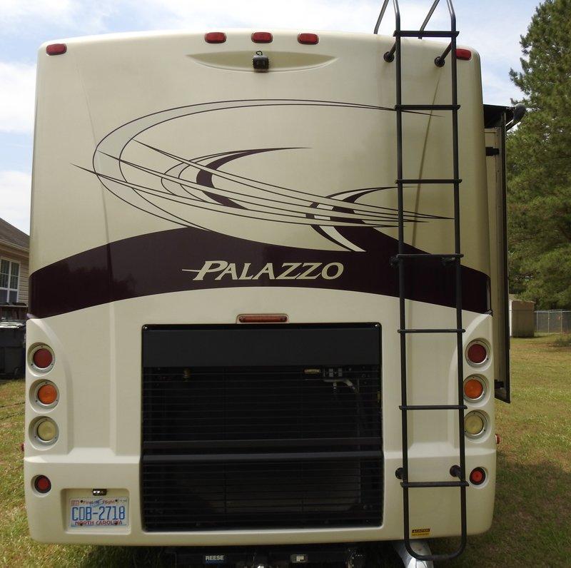 2013 Thor Motor Coach A.C.E. Palazzo