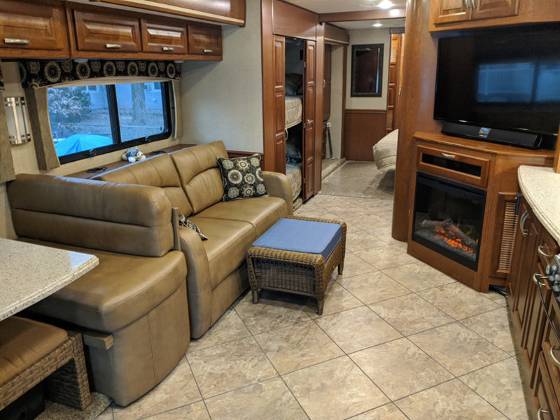 2015 Forest River Berkshire 38A