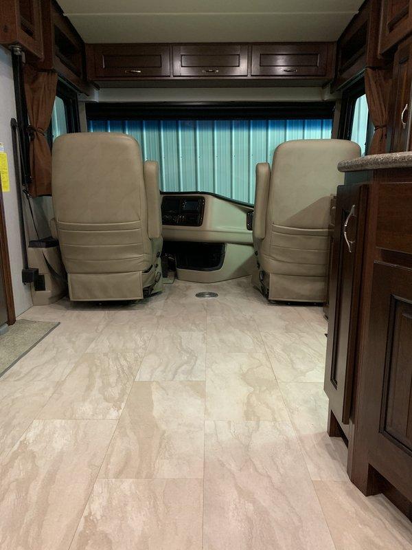 2017 Holiday Rambler Navigator XE 36U