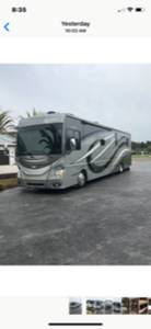 2015 Fleetwood Discovery LXE 40G