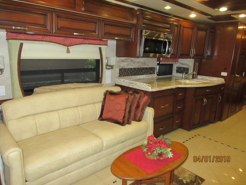 2012 Newmar Mountain Aire 4336