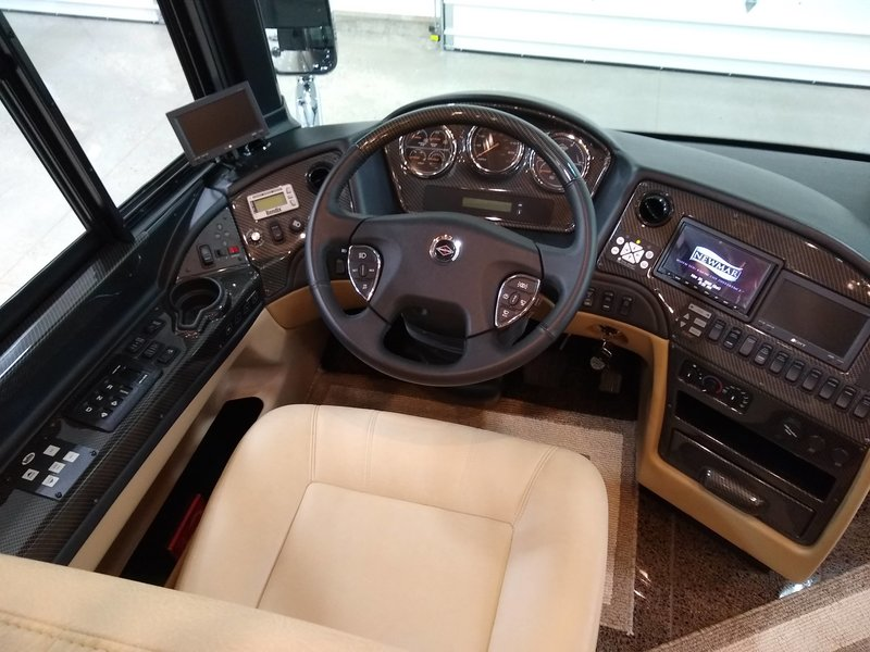 2014 Newmar King Aire 4584