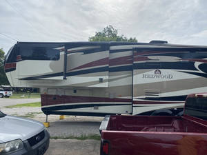 2014 Redwood RV  36RL