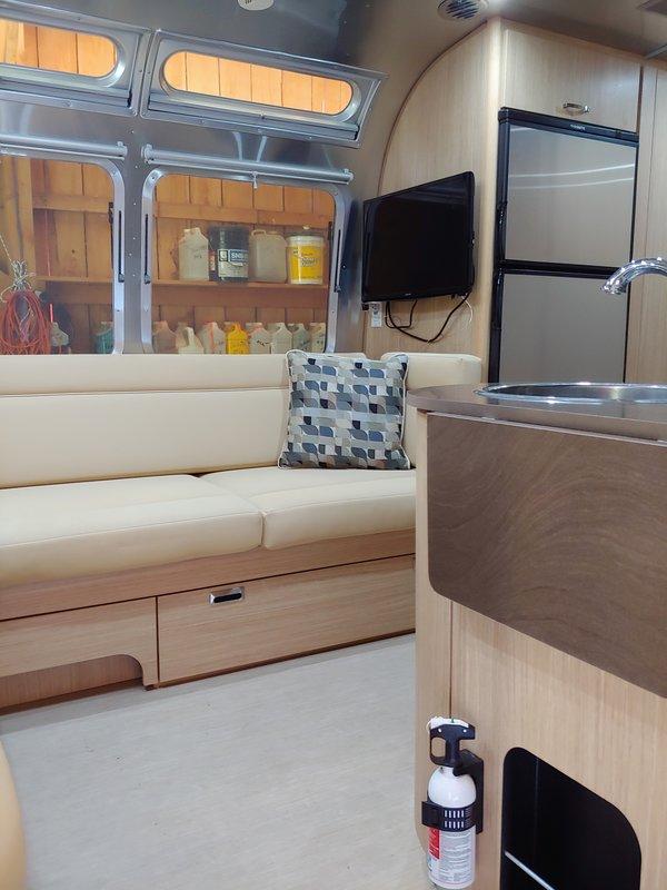 2018 Airstream Flying Cloud 25 FB