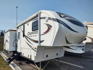 2014 Prime Time Crusader 295RST