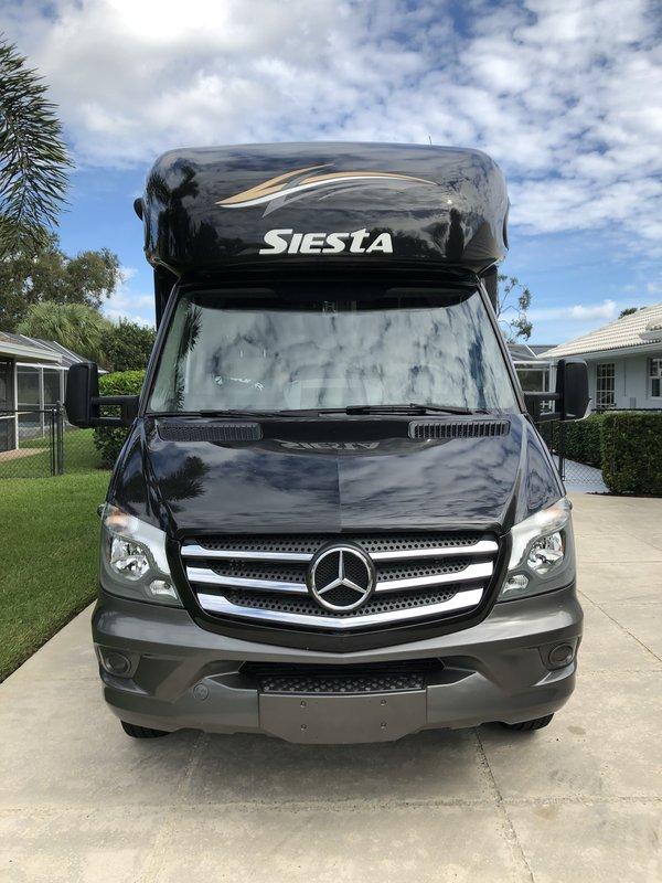 2018 Thor Motor Coach Siesta Sprinter 24SJ