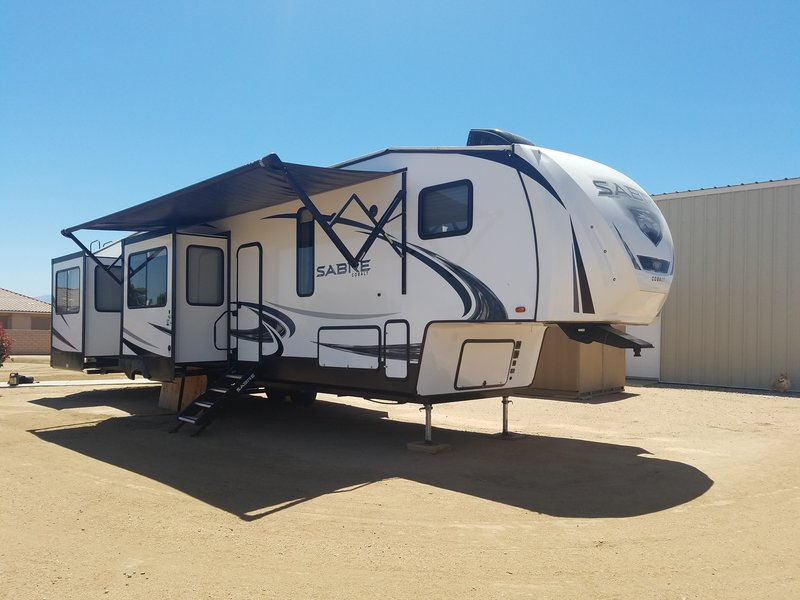 2019 Forest River Sabre 38RDP
