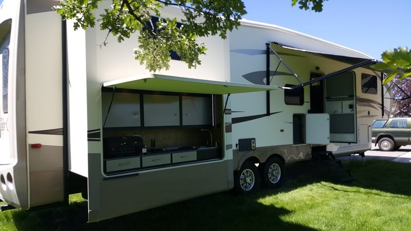 2014 Forest River Cedar Creek 36B4