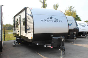 2020 East To West Della Terra 27KNS