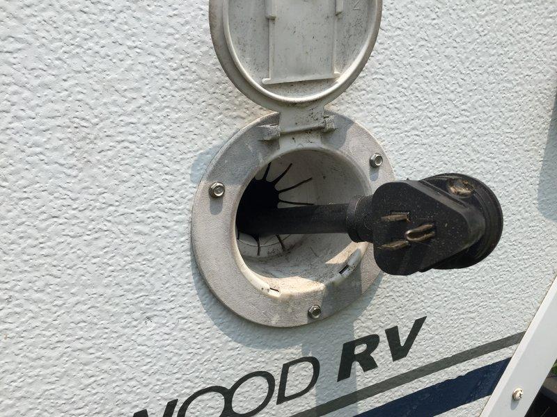 2004 Fleetwood Yuma 3856