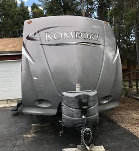 2012 Dutchmen Komfort 3050QB