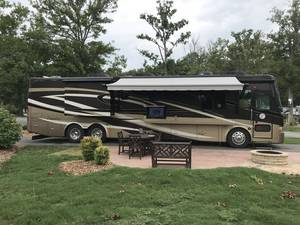 2010 Tiffin Phaeton 42QBH