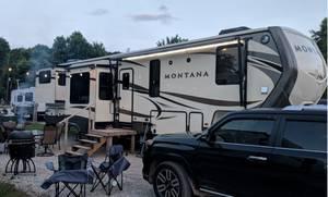 2017 Keystone Montana Legacy 3791RD