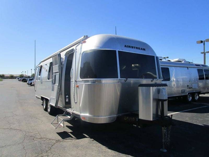 2018 Airstream Flying Cloud 28RB