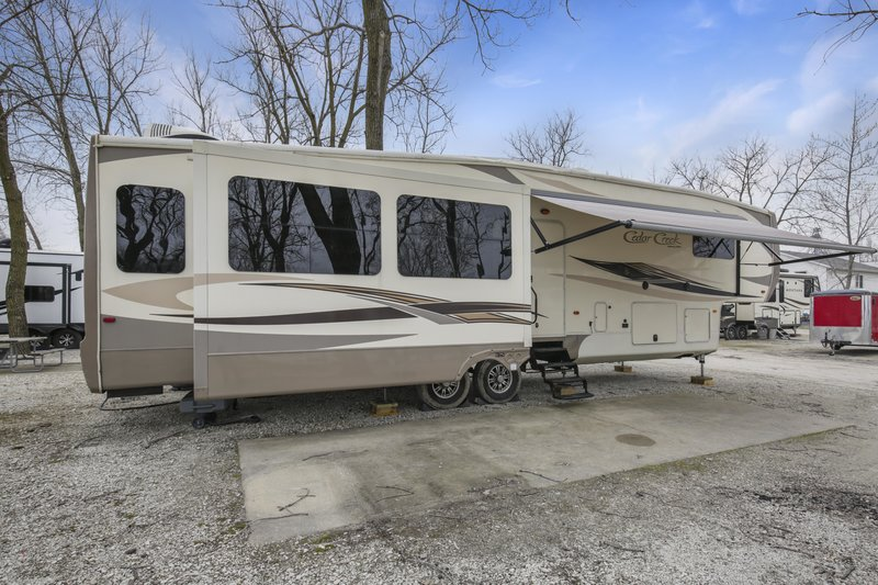 2016 Forest River Cedar Creek Hathaway 38CK