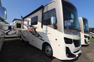 2021 Holiday Rambler Invicta 33HB