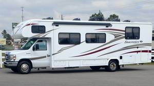 2017 Forest River Sunseeker LE 2850SLE