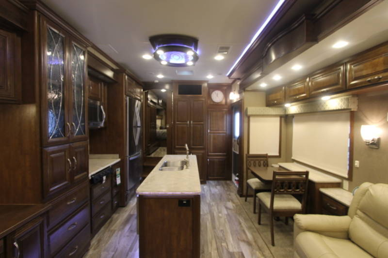 2017 DRV Luxury Suites 36RSSB3