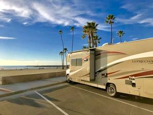 2017 Coachmen Leprechaun 32BH *******ALREADY SOLD!!!!!!