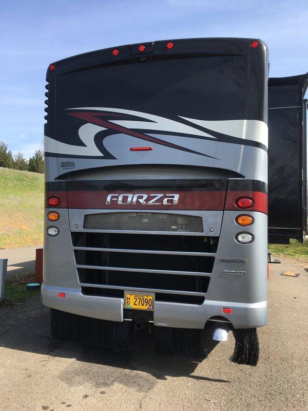 2015 Winnebago Forza 34T