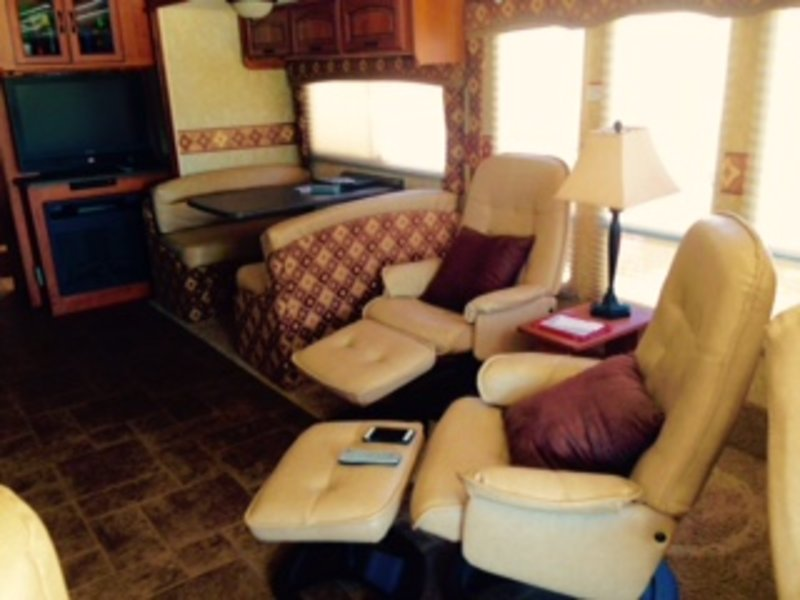 2011 Coachmen Sportscoach Cross Country 390TS