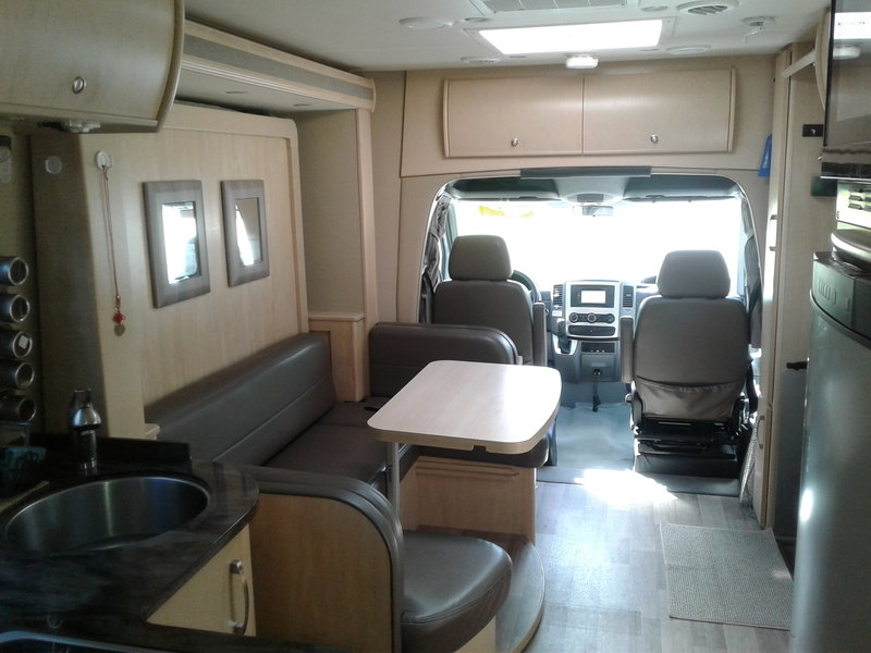 2014 Leisure Travel Vans Unity 24MB