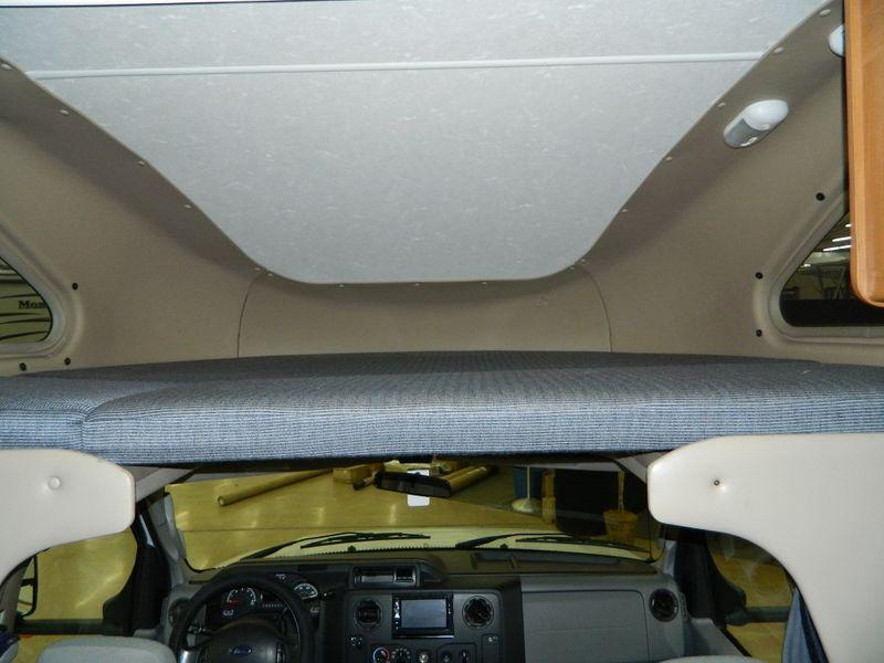 2013 Thor Motor Coach Majestic 19G