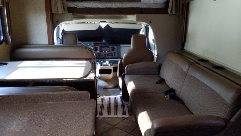 2015 Thor Motor Coach Four Winds 31W