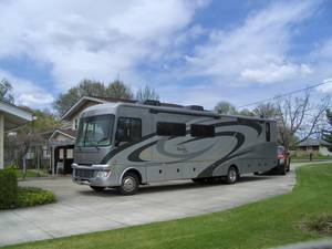 2011 Fleetwood Bounder Classic 36R