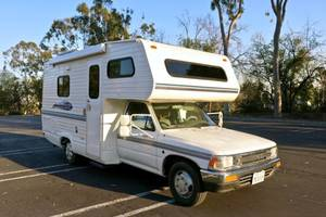 1991 Toyota Dolphin All Restored