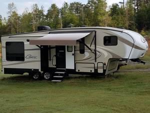 2017 Keystone Cougar X-Lite 28SGS