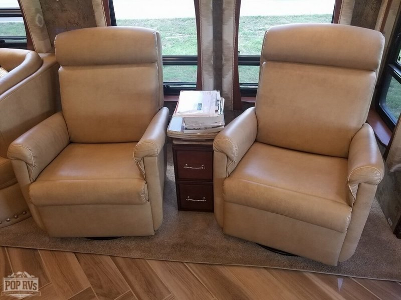 2015 Newmar Mountain Aire 4553