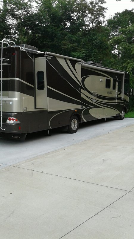 2007 Georgie Boy Landau 3645ds-f