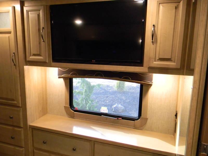 2015 Redwood RV Redwood 36FB