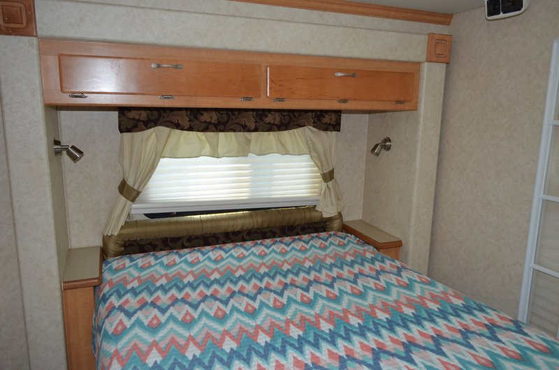 2006 Forest River Georgetown XL 370