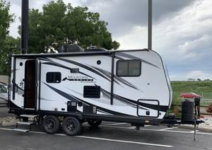 2019 Outdoors RV Mountain Series Creek Side 18RBS