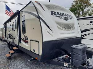 2018 Cruiser RV Radiance 30DS