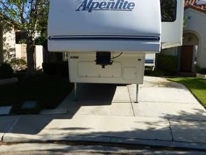 1998 Alpenlite Augusta 31 RL