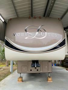 2016 DRV Mobile Suites 38RSB3