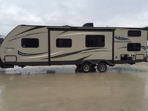 2015 Coachmen Freedom Express 292BHDS