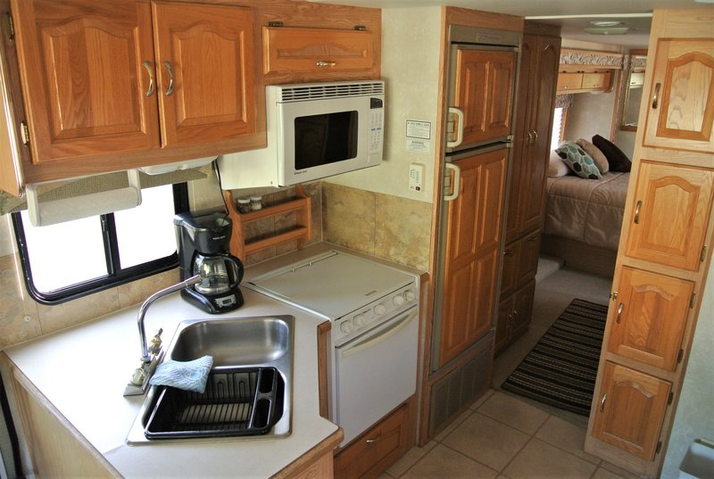 2002 Forest River Georgetown 326