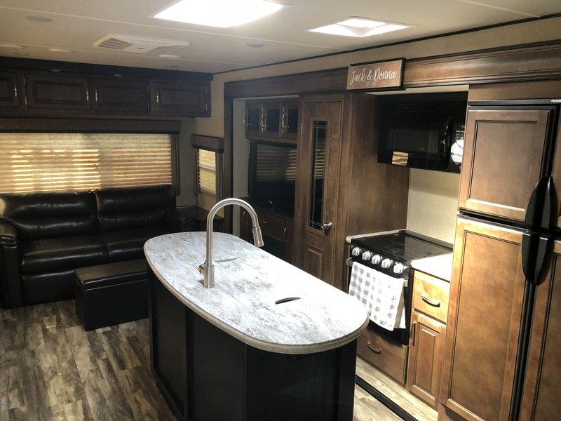 2019 Grand Design Reflection 315RLTS