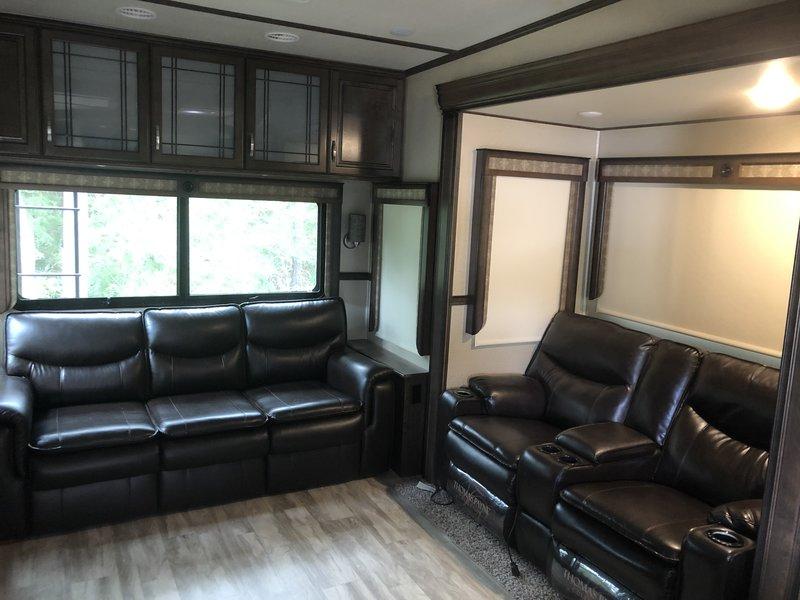 2017 Grand Design Solitude 360RL-R