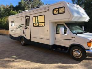 2004 Bigfoot RV  30MH29SL