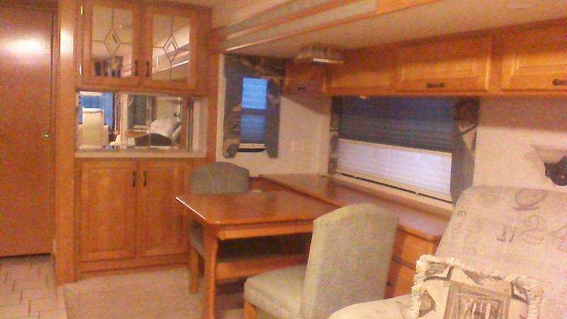 2002 Newmar Dutch Star 4095