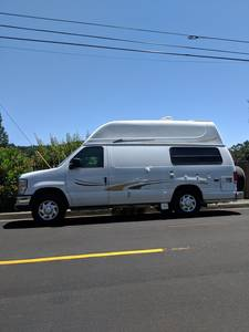 2010 Ford Econoline Majestic Leasure Tourer II