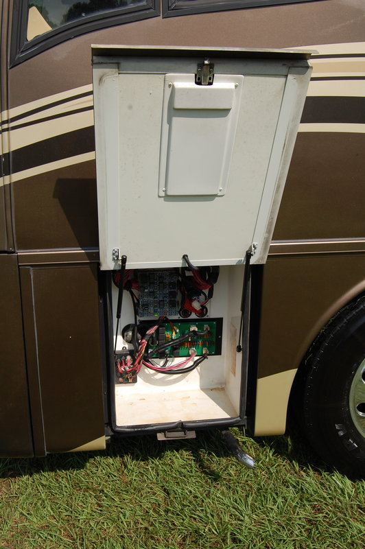 2006 Newmar Mountain Aire 4307